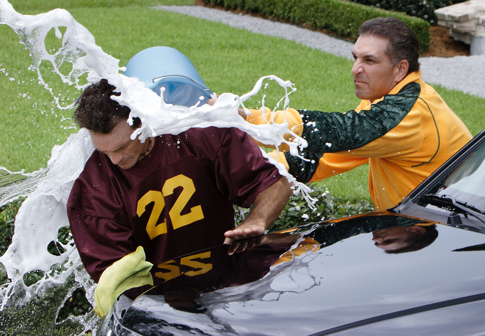 Doug Flutie & Vinnie Testaverde in Nissan commercial, car wash gone wrong